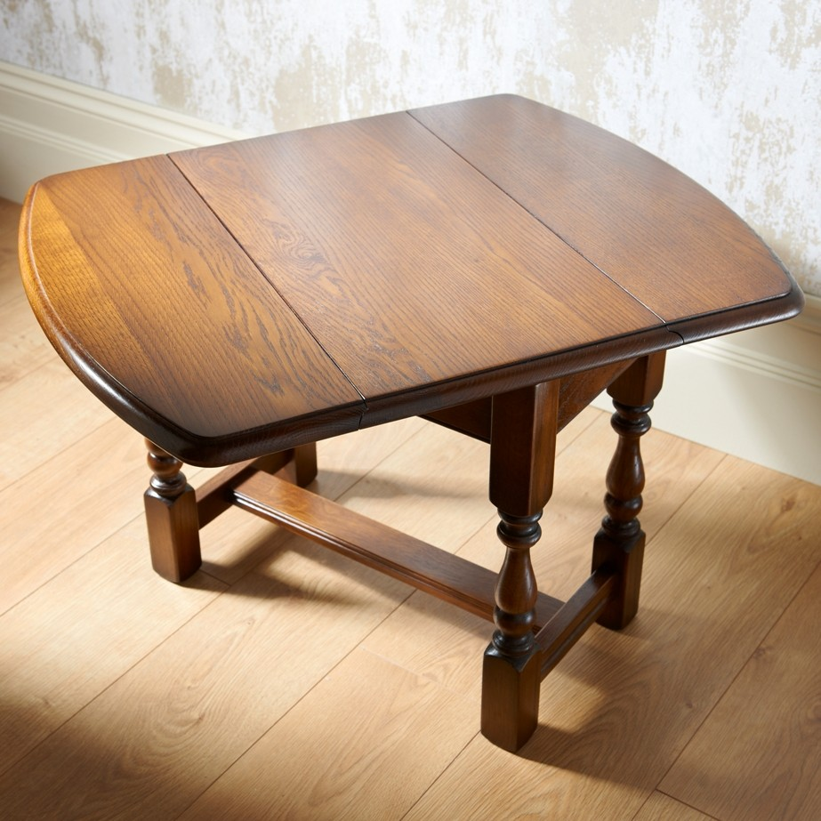 Old Charm Swivel Top Table